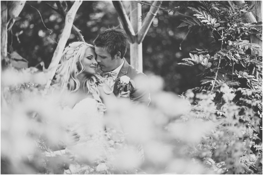 Vintage Chic Wedding - Kelowna Wedding Photographer_0054