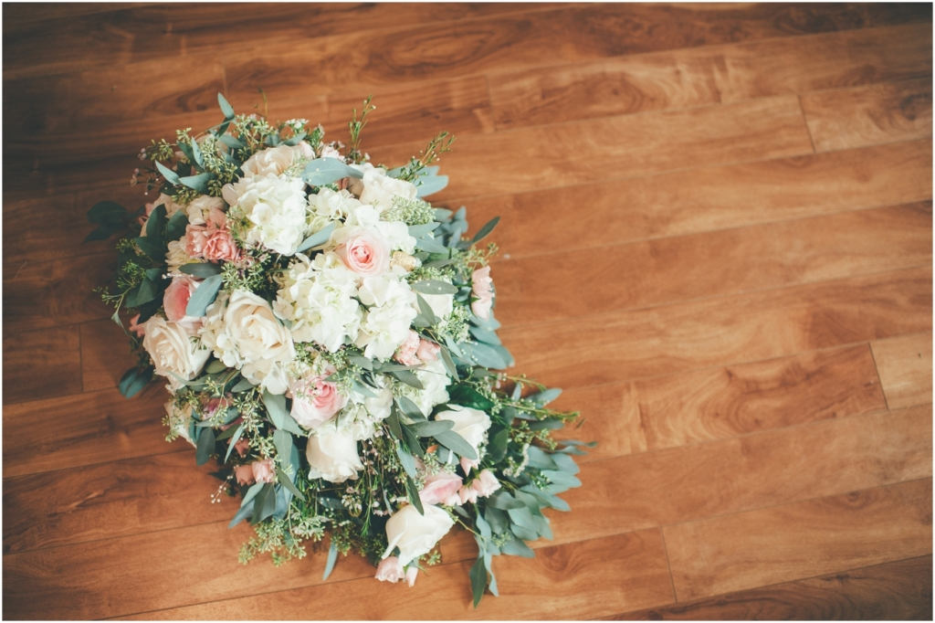 Vintage Chic Wedding - Kelowna Wedding Photographer_0105