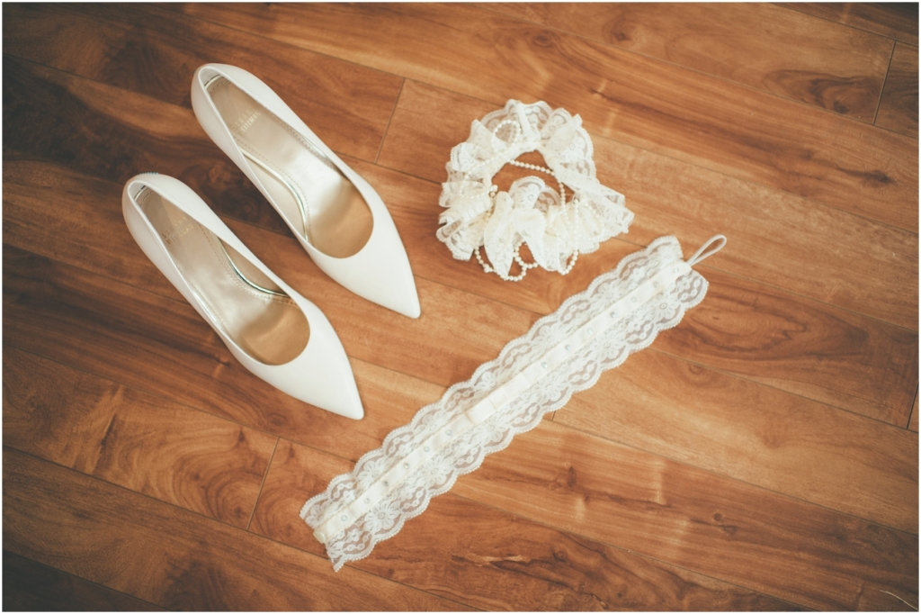 Vintage Chic Wedding - Kelowna Wedding Photographer_0107