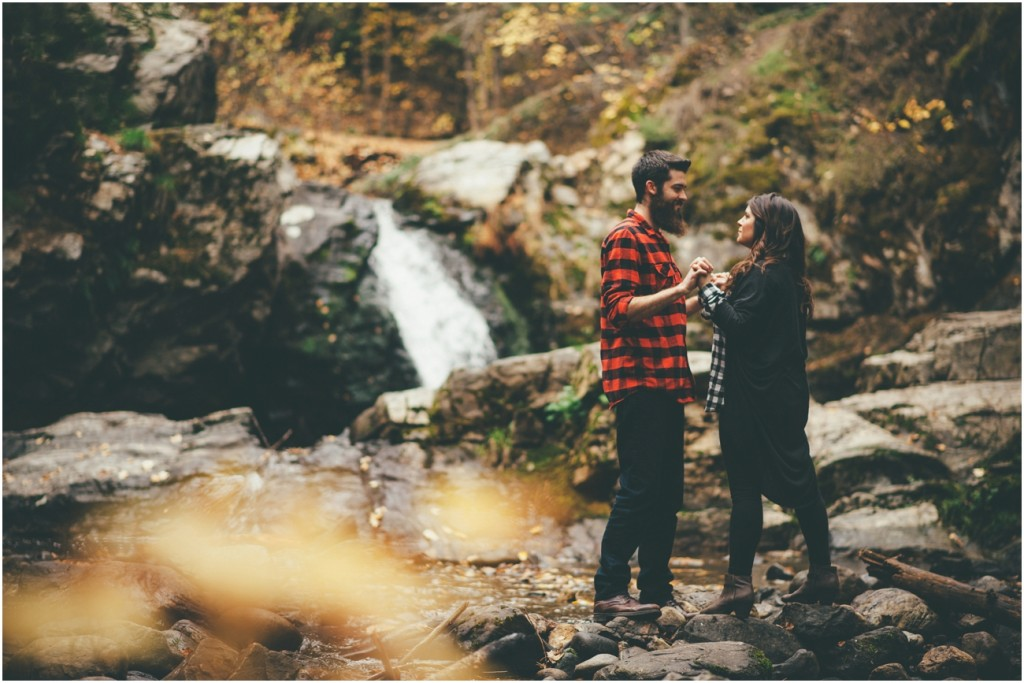 Okanagan Fall Engagement - Joelsview Photography_0008