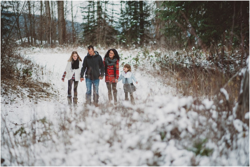 Snowy family photography