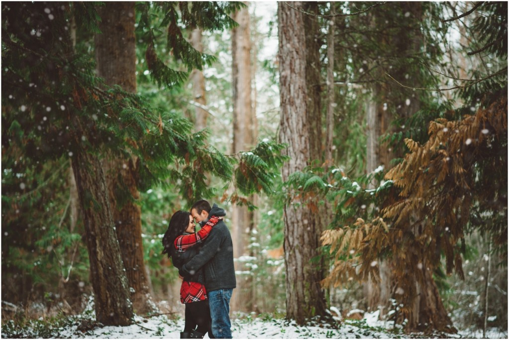 Snowy Engagement session in the Okanagan