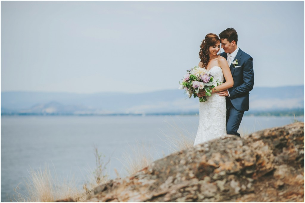 Okanagan Lake Wedding Photo