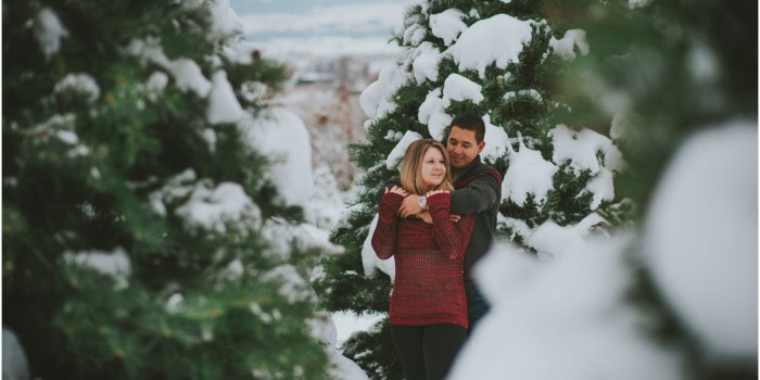 Okanagan Winter Engagement - Mark & Emily