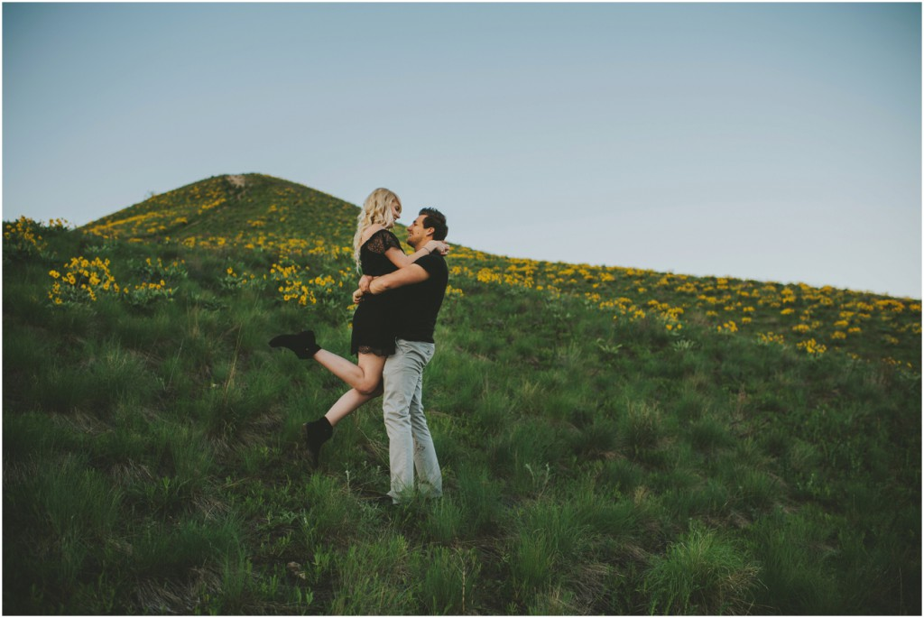 Couples on the hillside in Kelowna