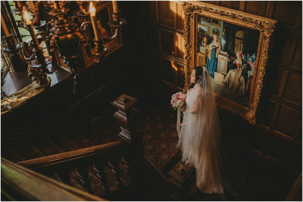 Bridal portraits in Thornewood Castle