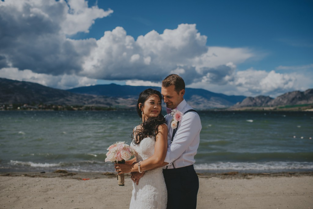 Bride and Groom on beach in Osoyoos