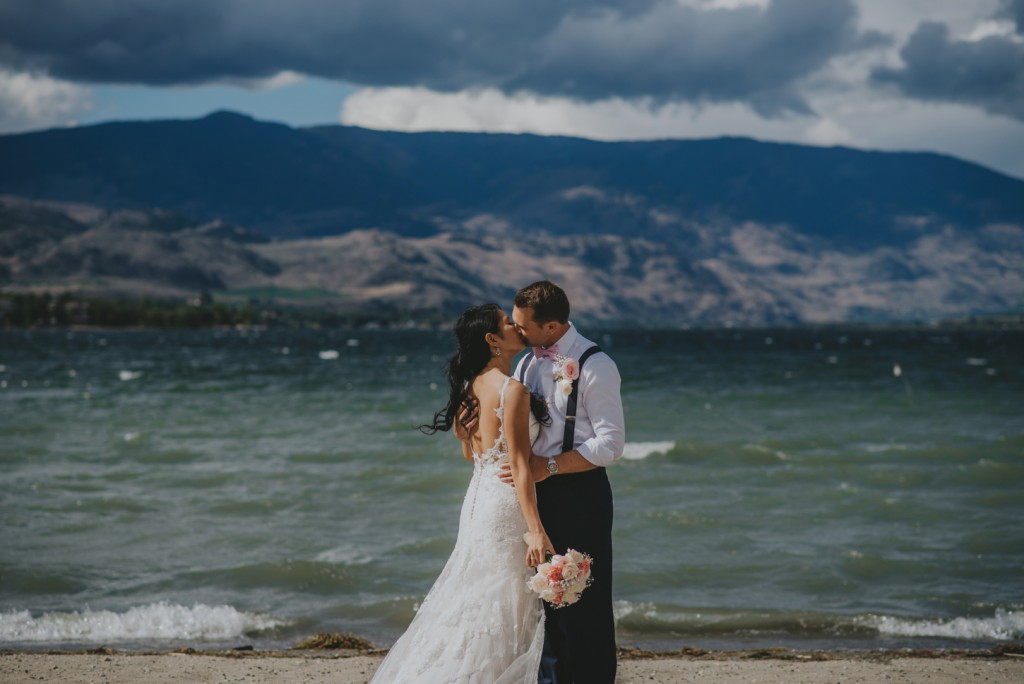 Wedding on the beach in Osoyoos