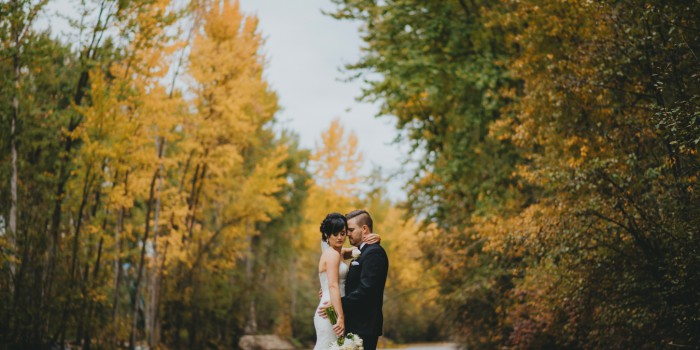 Elegant Fall Kelowna Wedding - Bottega Inn