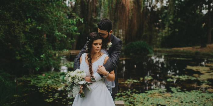 Stunning Lake Country Pond Wedding in Willow trees