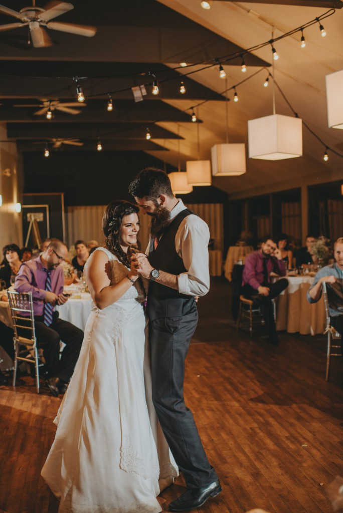 Wedding Dance at Sunset Ranch Golf