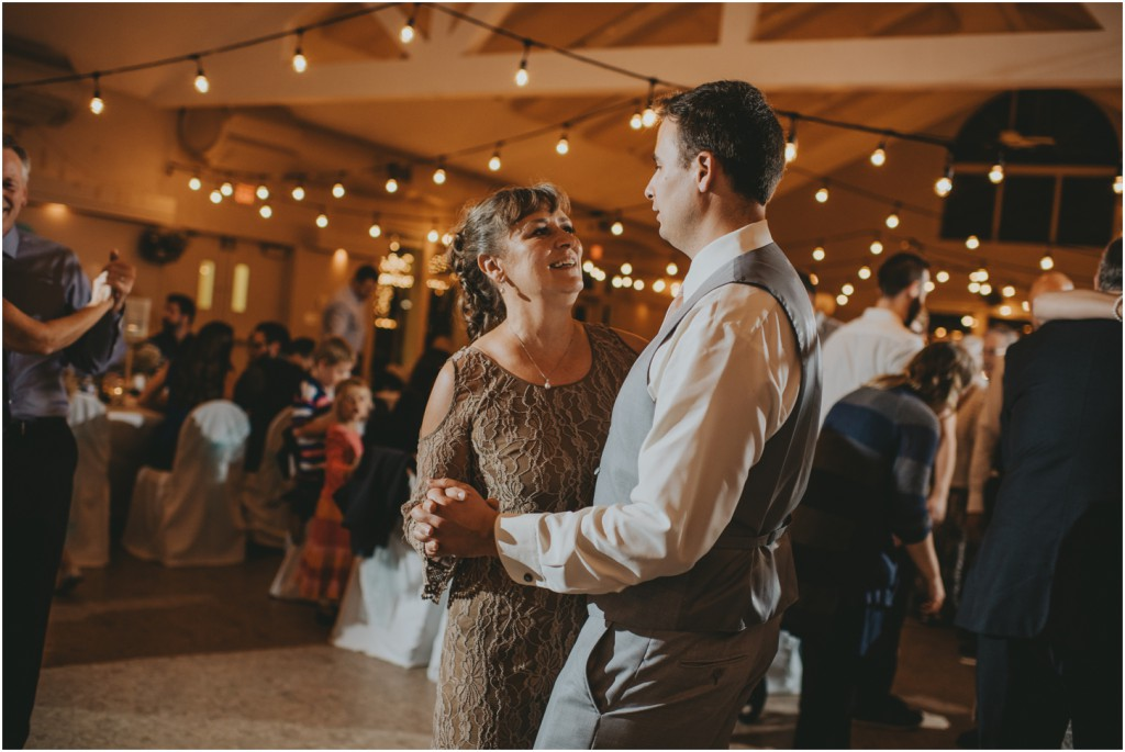 paddlewheel-hall-wedding-vernon-photographer_0143
