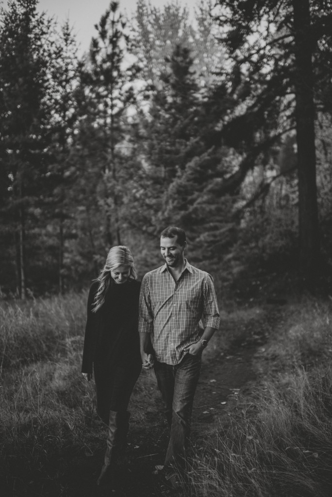 okanagan-waterfall-engagement-photography_0010
