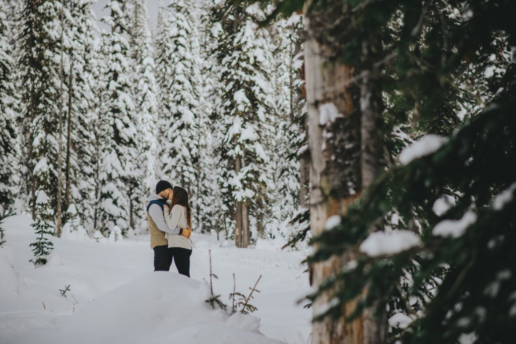 Snowy Engagement session in the mountains