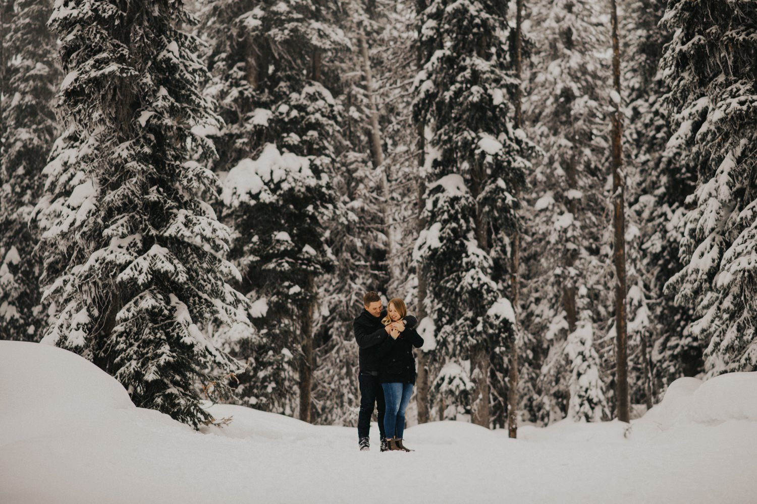 Snowy Forest Engagement - Kelowna Photographer_0002