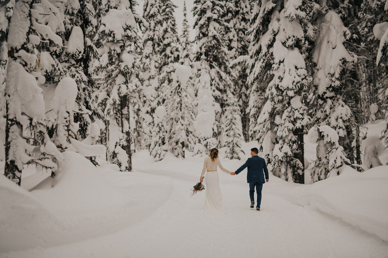 Okanagan Winter Elopement - Joelsview Photography_0110