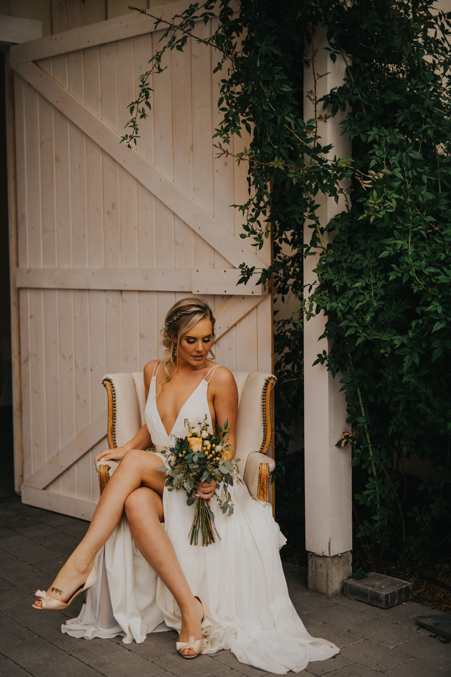 Kelowna Stylish Wedding at Sanctuary Gardens