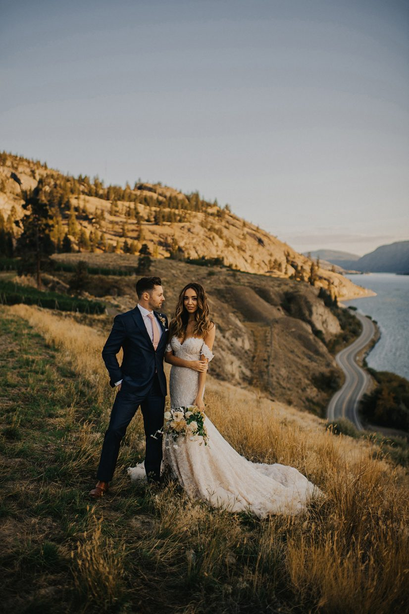 Painted Rock Winery wedding couple in the Penticton